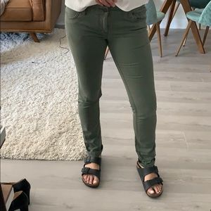Army green low rise pants